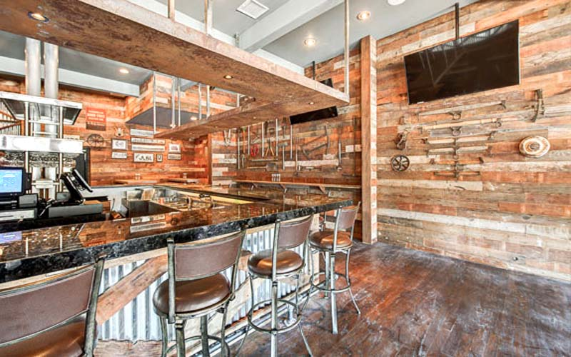 Woodman Bar and Grill,  Restaurant Design